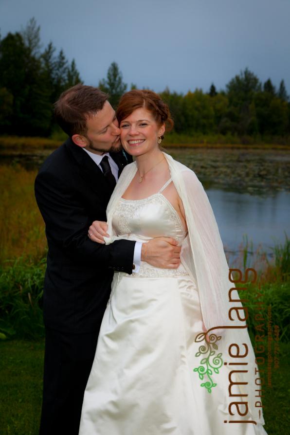 best anchorage wedding photographer bayshore club house totem pole anchorage alaska seth & mariah